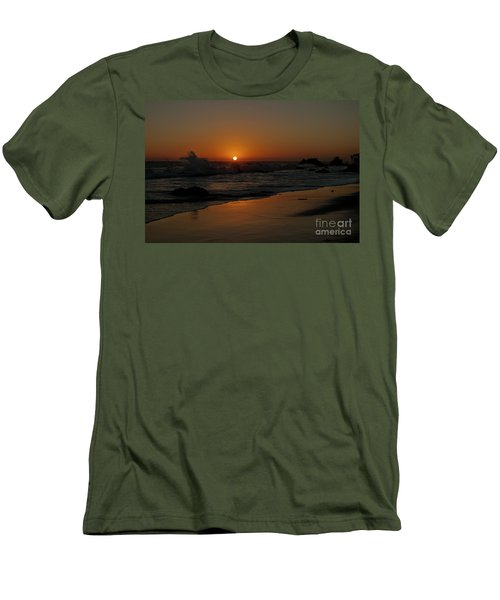 El Matador Sunset Men's T-Shirt (Slim Fit) by Ivete Basso Photography
