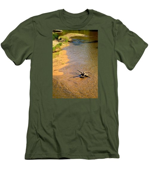Elk River Driftwood Men's T-Shirt (Athletic Fit)