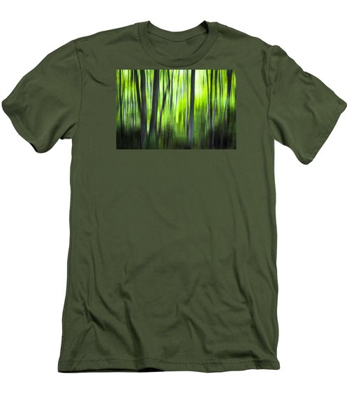 Green Forest - North Carolina Men's T-Shirt (Athletic Fit)