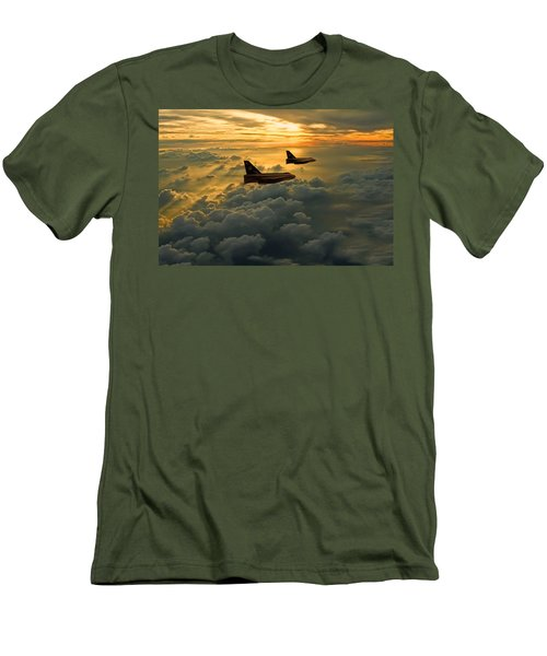 English Electric Lightning Sunset Flight Men's T-Shirt (Athletic Fit)