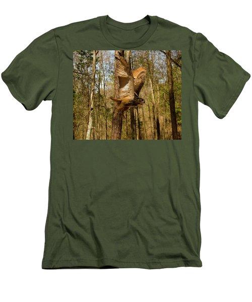 Eurasian Eagle Owl In Flight Men's T-Shirt (Athletic Fit)