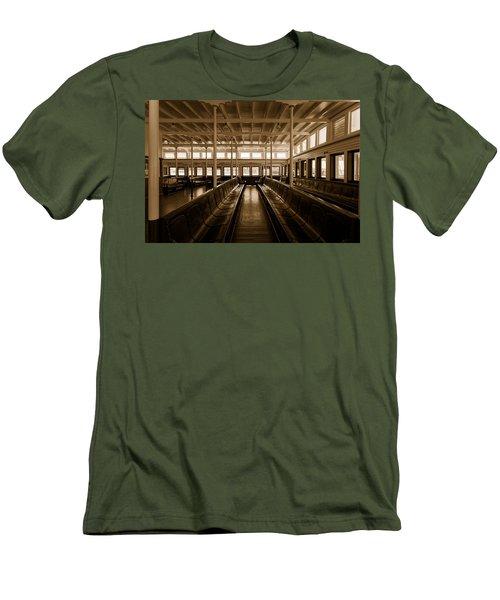 Eureka Ferry Men's T-Shirt (Athletic Fit)