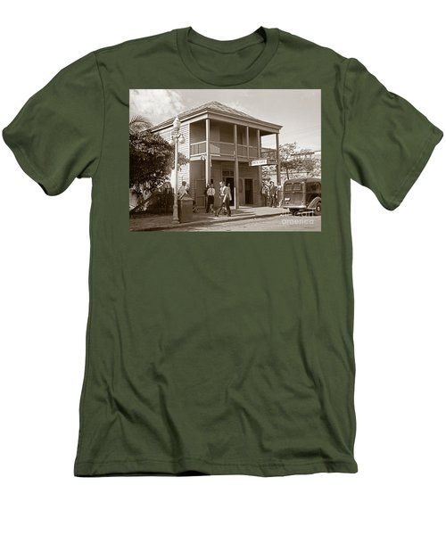 Everyone Says Hi - From Pepes Cafe Key West Florida Men's T-Shirt (Slim Fit) by John Stephens