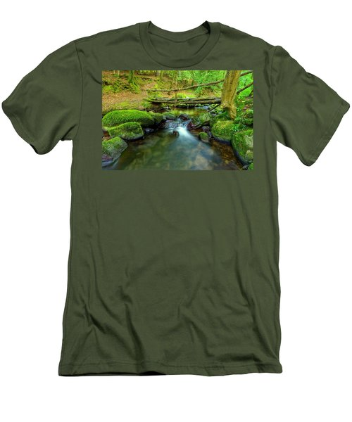 Fairy Glen Bridge Men's T-Shirt (Athletic Fit)