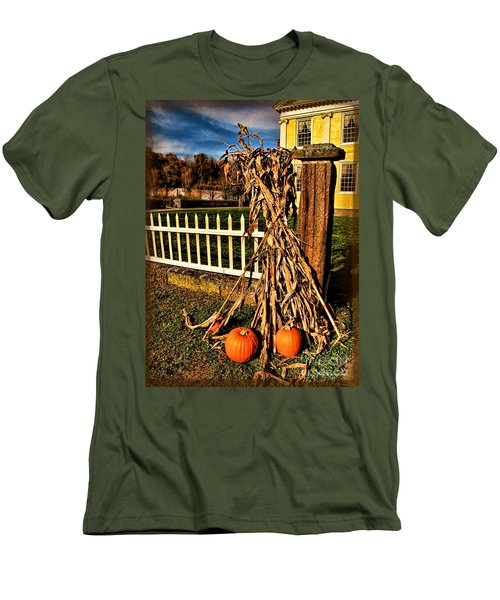 Fall Fence At Hale Farm Men's T-Shirt (Athletic Fit)