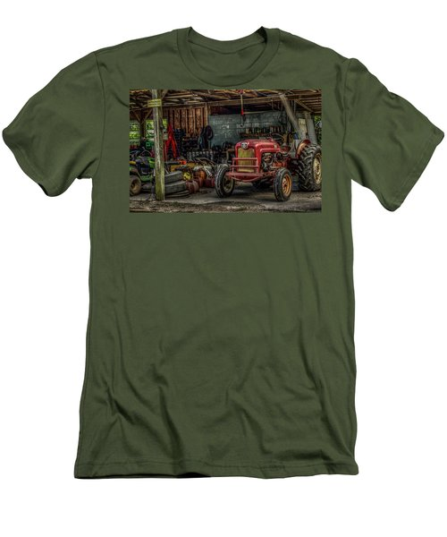 Farmall Tractor - Forever Florida Men's T-Shirt (Athletic Fit)