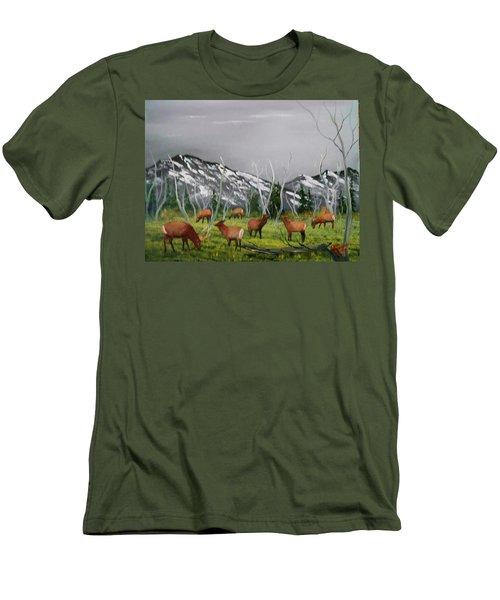 Feeding Elk Men's T-Shirt (Slim Fit) by Al Johannessen