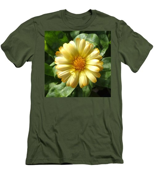 First Sign Of Summer Men's T-Shirt (Athletic Fit)