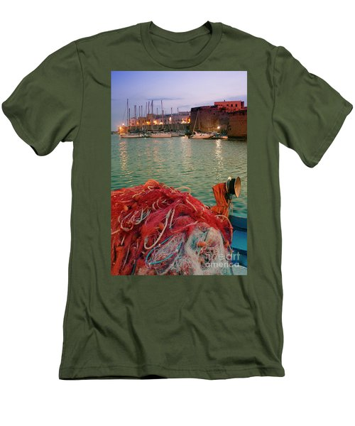 Fisherman's Net Men's T-Shirt (Athletic Fit)