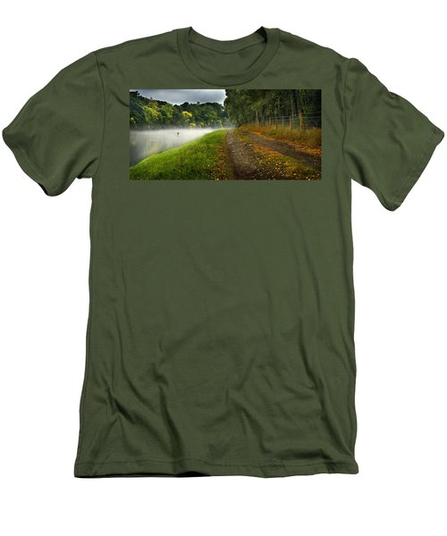 Fishing The River Beauly Men's T-Shirt (Athletic Fit)