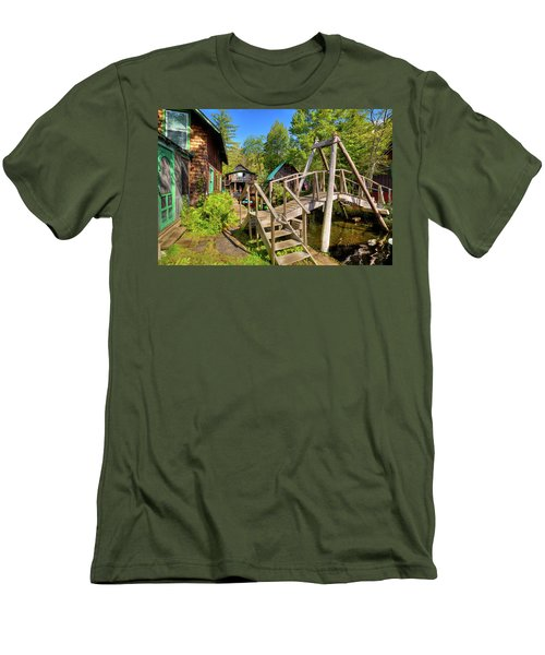 Men's T-Shirt (Athletic Fit) featuring the photograph Footbridge At Palmer Point by David Patterson