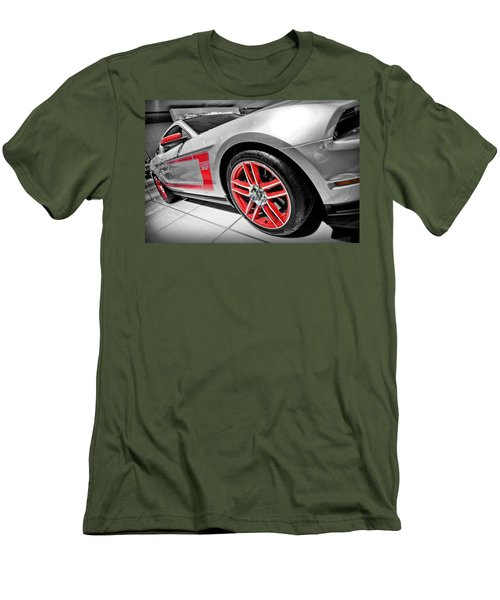 Ford Mustang Boss 302 Men's T-Shirt (Athletic Fit)