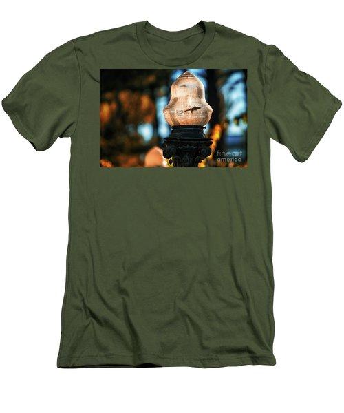 Men's T-Shirt (Athletic Fit) featuring the photograph Gecko In Streetlight Genovese Park Cadiz Spain by Pablo Avanzini