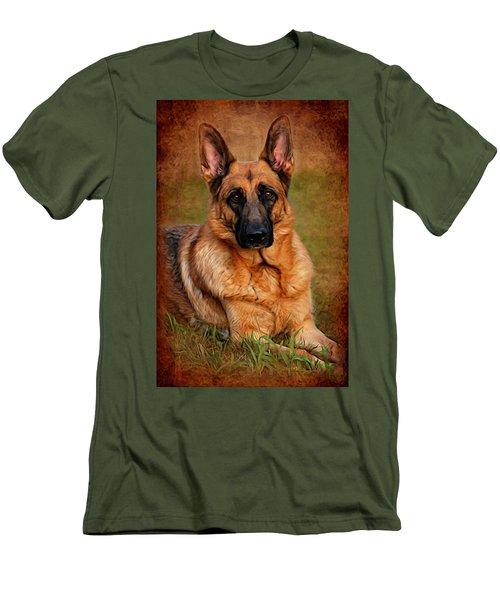 German Shepherd Dog Portrait  Men's T-Shirt (Athletic Fit)