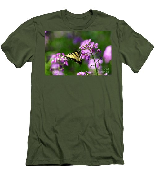 Men's T-Shirt (Slim Fit) featuring the photograph Glamour by Robert Pearson
