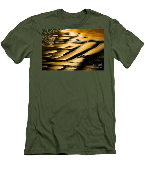 Golden Light On The Wet Sand, Point Reyes National Seashore Mar Men's T-Shirt (Slim Fit) by Wernher Krutein