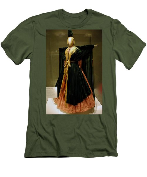 Gone With The Wind - Carol Burnett Men's T-Shirt (Slim Fit) by LeeAnn McLaneGoetz McLaneGoetzStudioLLCcom