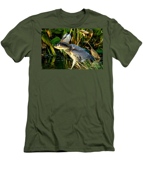 Great Blue Heron With Fish Men's T-Shirt (Athletic Fit)