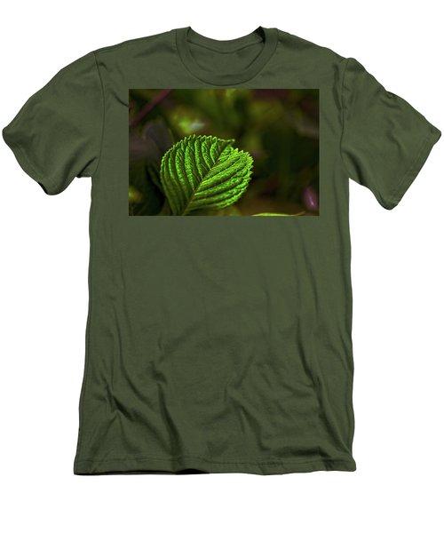 Green Leaf Men's T-Shirt (Athletic Fit)