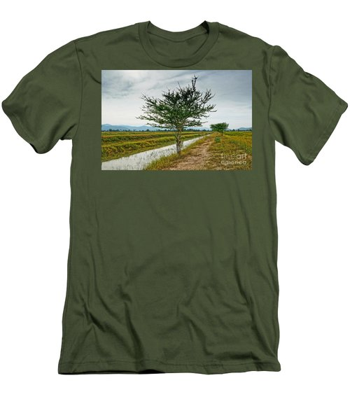 Green Tree Men's T-Shirt (Athletic Fit)