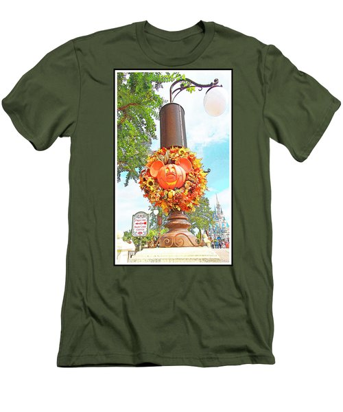 Halloween In Walt Disney World Men's T-Shirt (Athletic Fit)