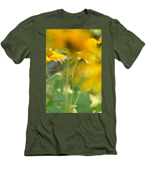 Heliopsis Blur Men's T-Shirt (Slim Fit) by Janet Rockburn
