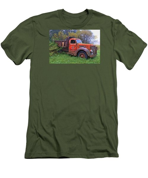 Men's T-Shirt (Slim Fit) featuring the photograph Hiding In The Bushes by Susan Crossman Buscho