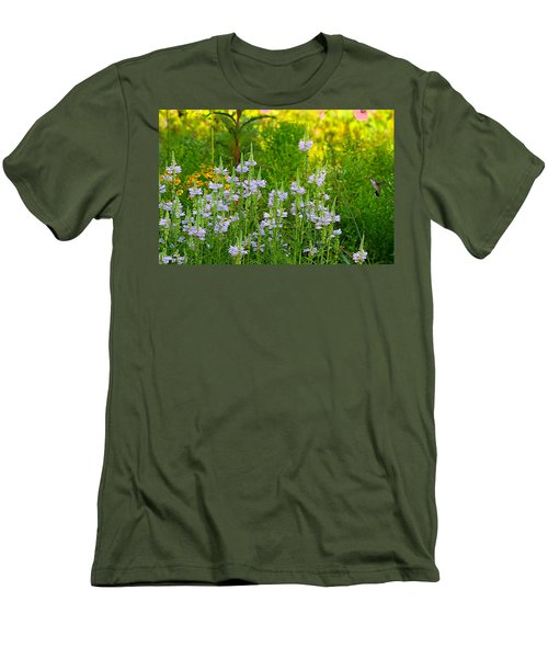 Hummingbird Heaven Men's T-Shirt (Athletic Fit)