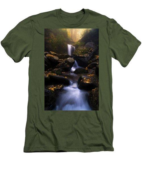 In The Mist Men's T-Shirt (Slim Fit)
