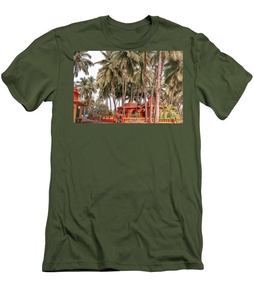 India House Men's T-Shirt (Athletic Fit)
