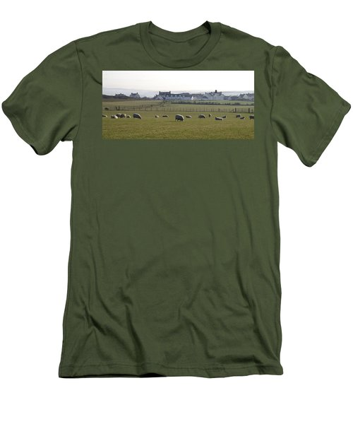 Irish Sheep Farm Men's T-Shirt (Athletic Fit)