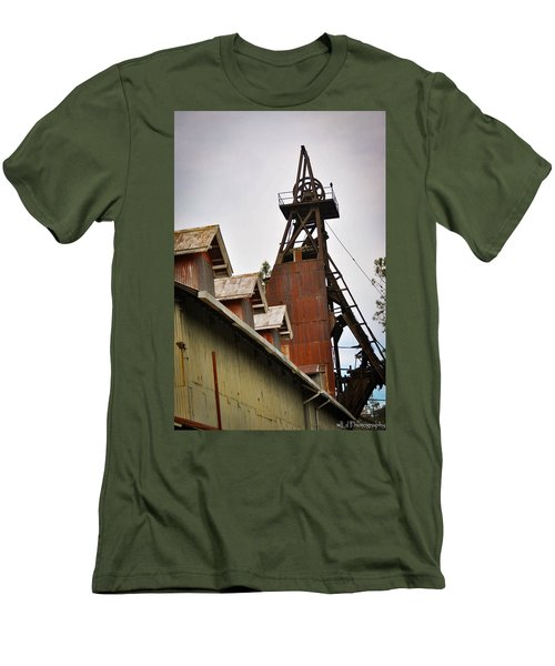 Kennedy Mine Headframe Men's T-Shirt (Athletic Fit)