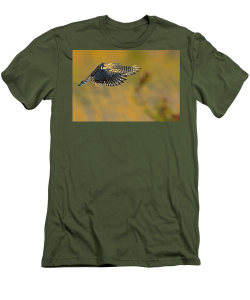 Kestrel Takes Flight Men's T-Shirt (Athletic Fit)