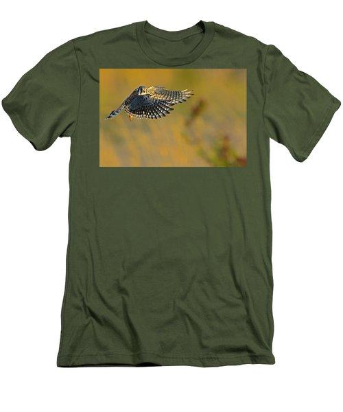 Kestrel Takes Flight Men's T-Shirt (Athletic Fit)