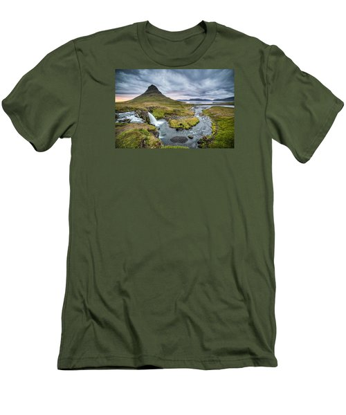 Kirkjufellsfoss 1 Men's T-Shirt (Athletic Fit)