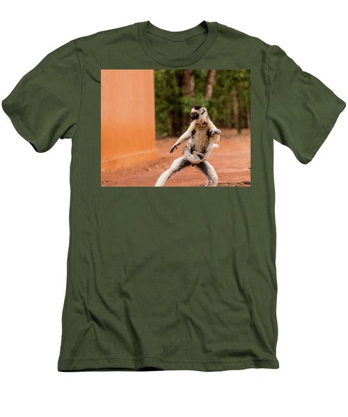 Kung Fu Mom Men's T-Shirt (Athletic Fit)