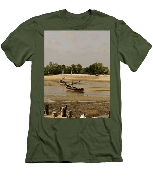 Lamu Island - Wooden Fishing Dhows At Low Tide With Pier - Antique Men's T-Shirt (Athletic Fit)
