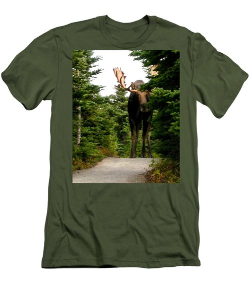 Large Moose Men's T-Shirt (Athletic Fit)