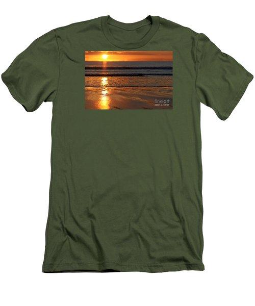 Llangennith Beach Sand Textures Men's T-Shirt (Athletic Fit)