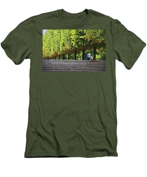 Lovers In The Tuileries Men's T-Shirt (Slim Fit) by John Hansen