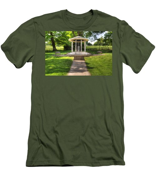 Magna Carta Memorial Men's T-Shirt (Athletic Fit)