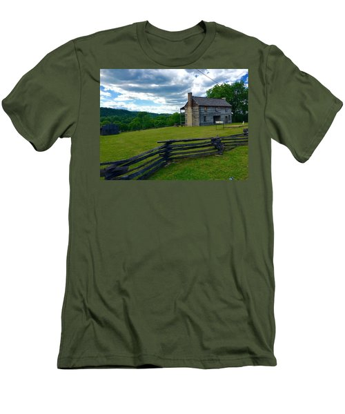 Majestic Wolf House Stands  Men's T-Shirt (Slim Fit)