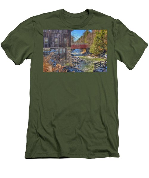 Mcconnells Mill Winter  Men's T-Shirt (Athletic Fit)
