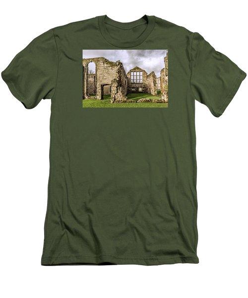 Medieval Ruins Men's T-Shirt (Athletic Fit)