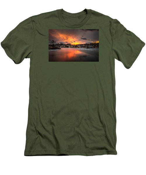Meredith Sunset Men's T-Shirt (Slim Fit) by Robert Clifford