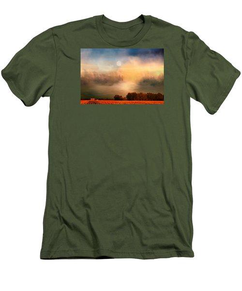 Midwest Harvest Moon Men's T-Shirt (Athletic Fit)