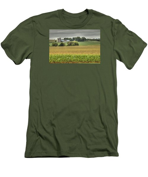 Minnesota Farm Men's T-Shirt (Athletic Fit)