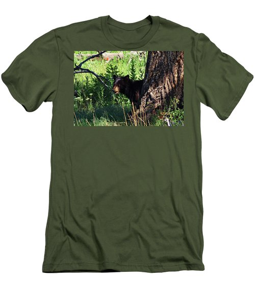 Mom, Where Are You Men's T-Shirt (Athletic Fit)