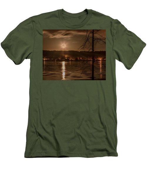 Moonset On Conesus Men's T-Shirt (Slim Fit) by Richard Engelbrecht
