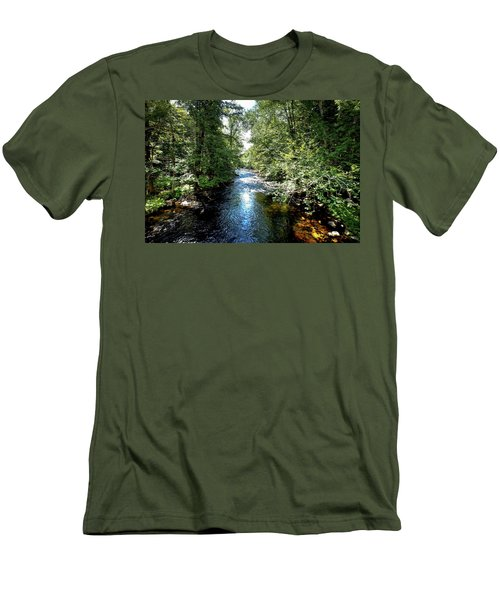 Men's T-Shirt (Athletic Fit) featuring the photograph Moose River At Covewood by David Patterson